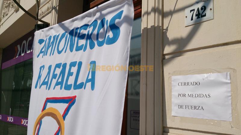 Protesta de los trabajadores de OCA en Rafaela