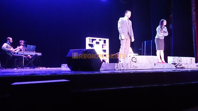 Los Monstruos en el Teatro Lasserre