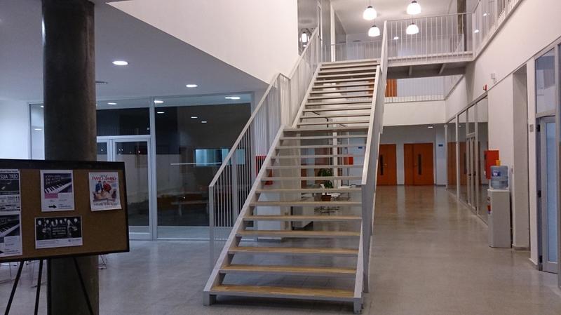 Interior del nuevo edificio de la escuela de música Remo Pignoni