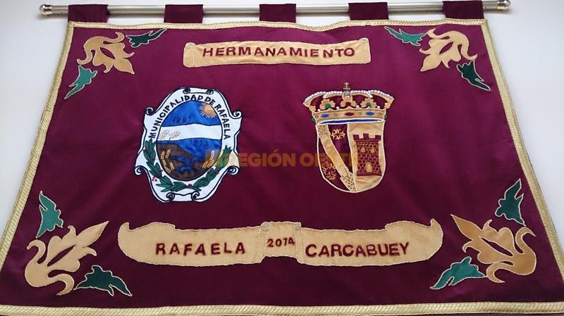 Tela conmemorativa del Hermanamiento entre Rafaela y Carcabuey