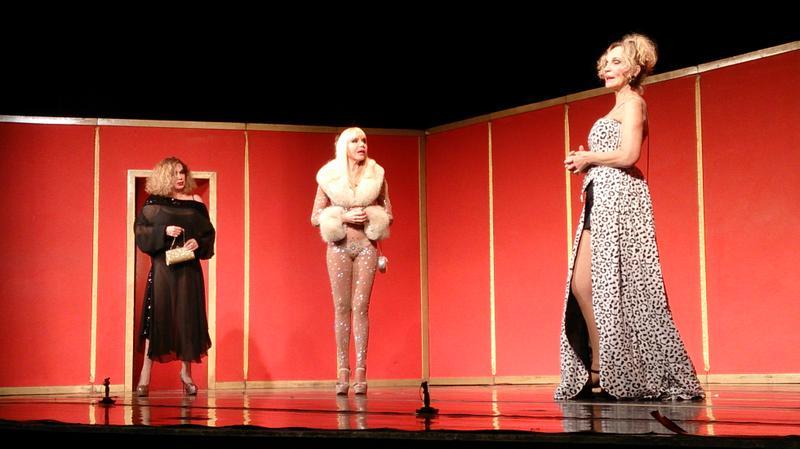 """""""Extinguidas"""" en el Teatro Lasserre de Rafaela"""