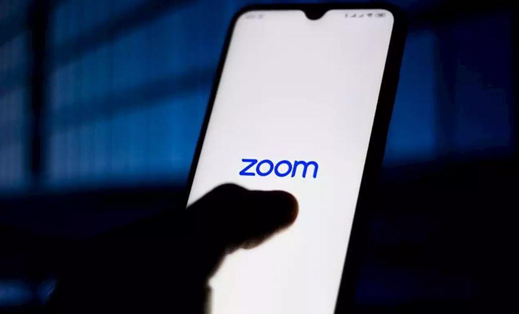 zoom three