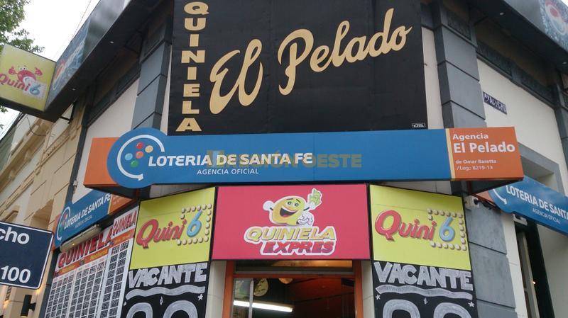 """El """"Bar del Pelado"""", ubicado en la esquina de Roca y Ayacucho"""