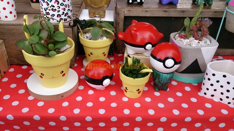 Feria de artesanos en el Parque Apadir