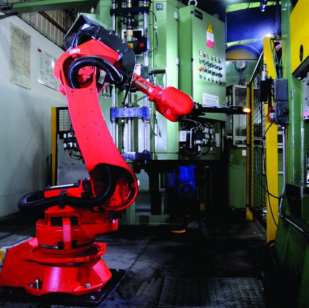 """""""Mano robotica"""" en la planta industrial de Rafaela"""